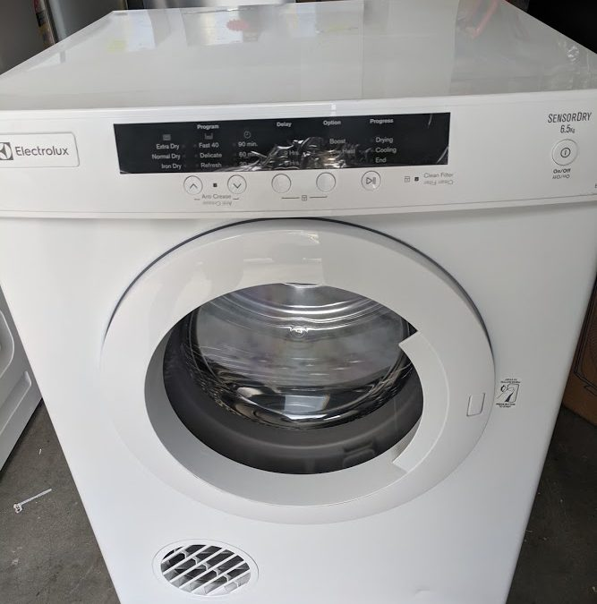Electrolux EDV6552 Clothes Dryer – $375 Gold Coast