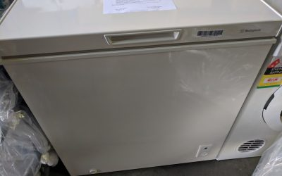 Westinghouse WCM1400WD Chest Freezer – $218