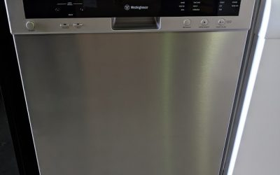 *** Sold *** Westinghouse WSF6606X Dishwasher. $598