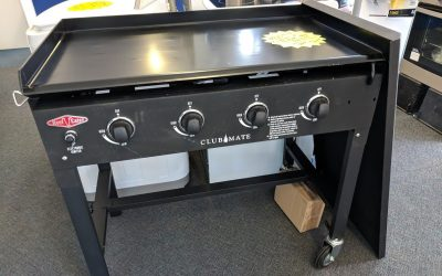 *** Sold *** Beefeater DB16740 Clubmate BBQ. $448