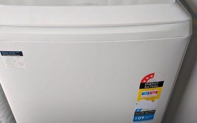 Simpson SWT8043 Washing Machine $498 Gold Coast