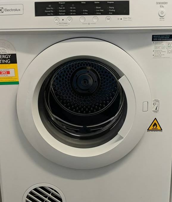 Electrolux EDV6552 Clothes Dryer – $389 Pymble