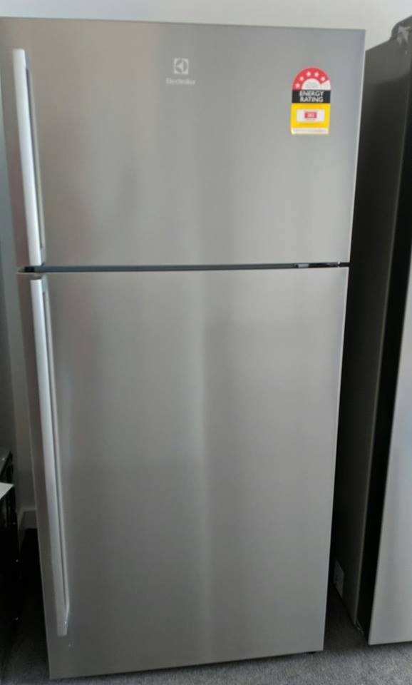 Electrolux ETE5407SA-R Fridge. Doug Smith Spares Pymble Nov 18