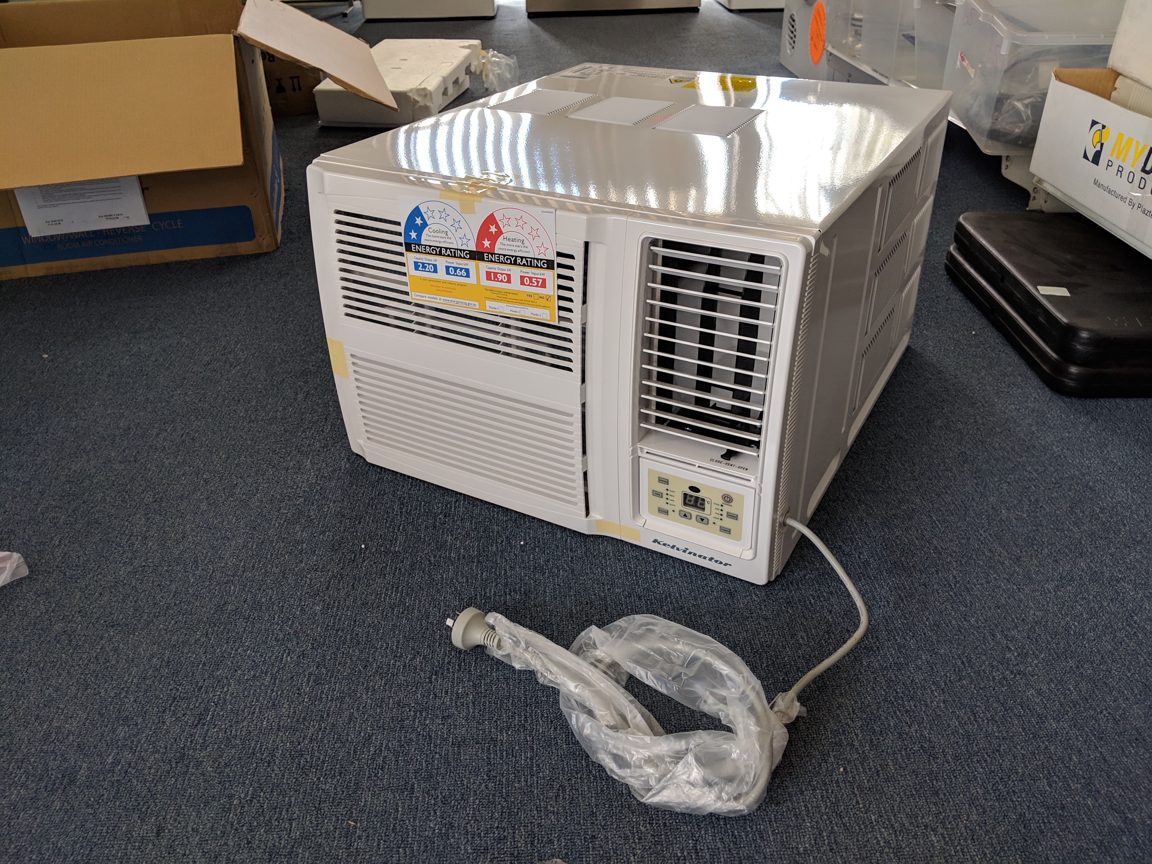 Kelvinator KWH20HRE Air Conditioner nov 18 gra