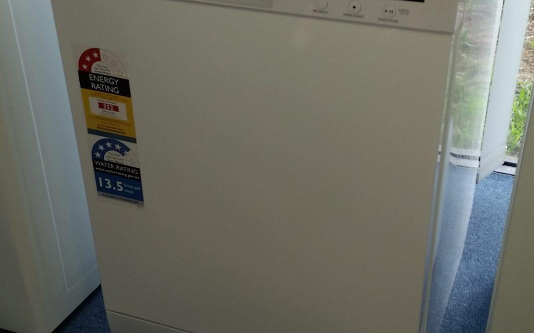 Westinghouse WSF6606W Dishwasher. $575 – Granville