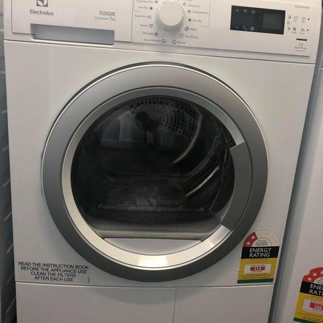 Electrolux EDC2075GDW Condenser Dryer. Doug Smith Spares Pymble Dec 18