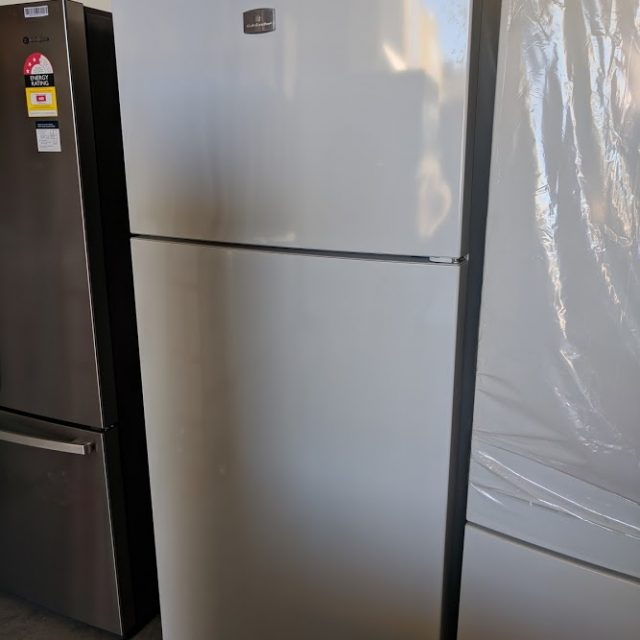 Kelvinator KTM5402WA-R Fridge. Doug Smith Spares Gold Coast jan 19