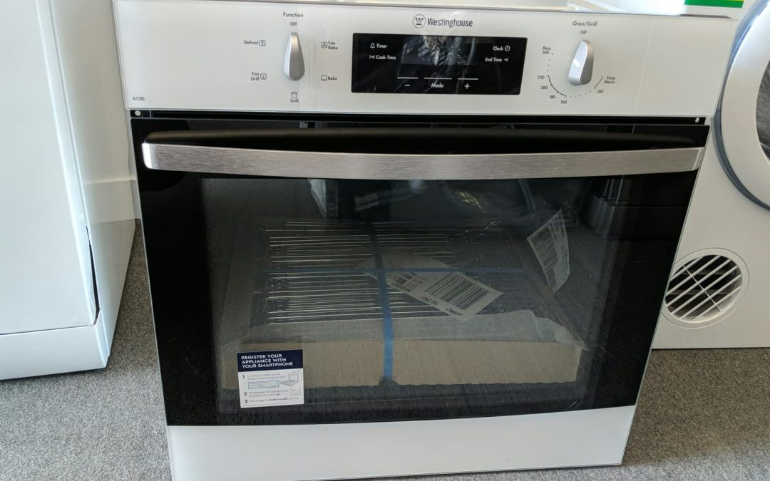 Westinghouse WVG615WLP Gas Oven – $988 Pymble