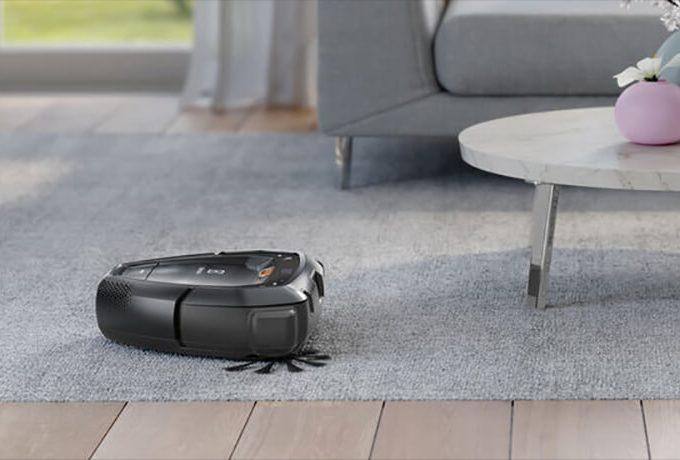 PI91-5SGM Electrolux PUREi9 Robot Vacuum Cleaner on a rug. Doug Smith Spares