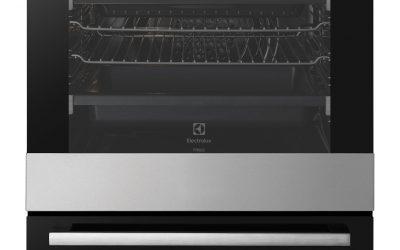 Electrolux EVEP627SC Pyrolytic Double Oven, New – $1888 Gold Coast